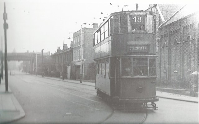 Tram 48 turning into Coldharbour Lane, Photo John H Meredith, 1951
