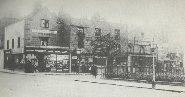 The Triangle 1890, including Golden Fleece Wool Stores, closing down sale for demolition to make way for Metropole Theatre