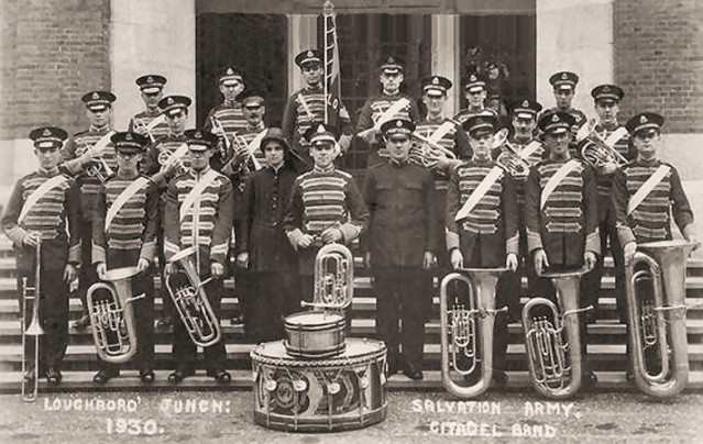 phot6118 Loughborough Junction Salvation Band 1930