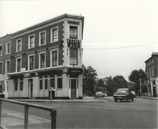 The Angell Arms , early 1970's Lambeth Local History, Minet Lib