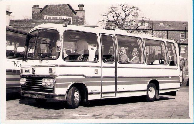 wahl-coaches-of-camberwell-1979-plaxton-supreme-bedford-vas-photo-rhg-simpson