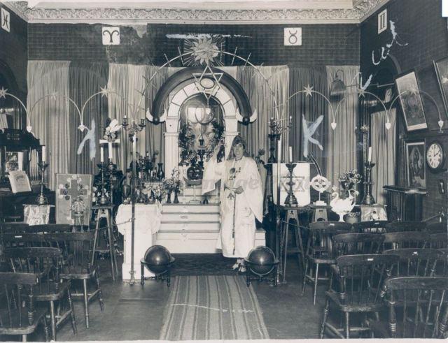 church-in-a-railway-station-dh-1926-mary-ann-skinner