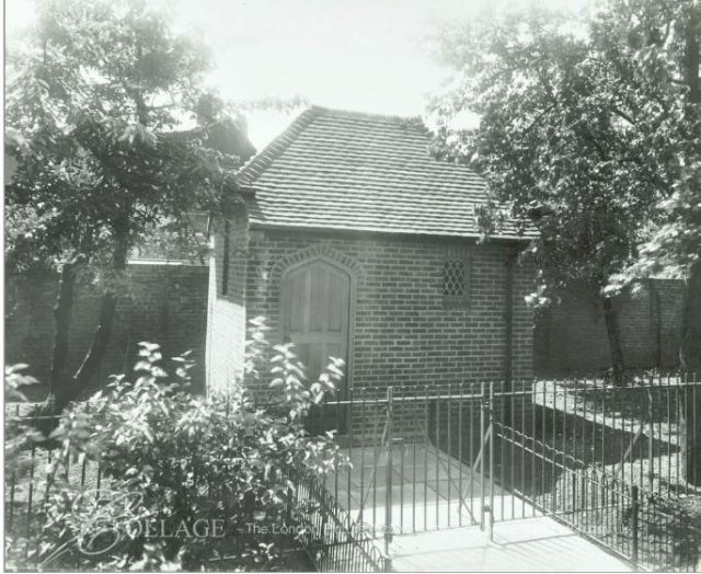 loughborough-road-estate-chapel-of-repose-1935